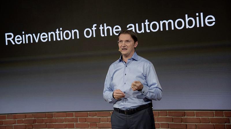 Johann Jungwirth - CDO Volkswagen AG - auf dem Genfer Automobilsalon 2016 (Volkswagen AG)