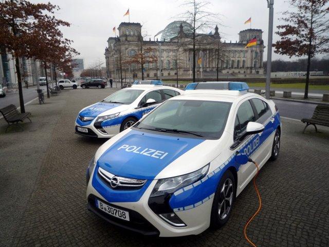 Opel Ampera e-Police