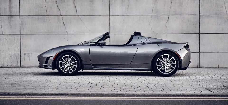 Tesla Roadster in Galactic Grey (Quelle: Tesla Motors)