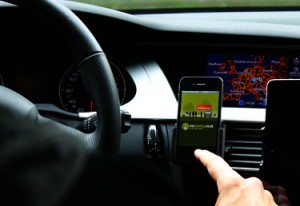 Connected Drive mit Carpooling-App (Quelle: Carpooling.com)