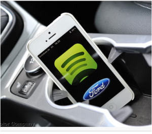 Spotify-Dienst im Ford EcoSport (Quelle: Ford)
