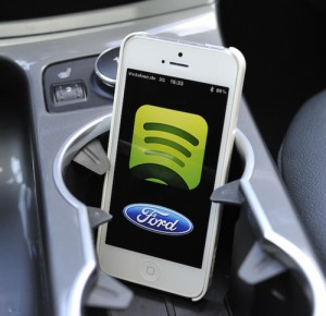 Statistiken sehen Milliardenumsatz für In-Car-Apps (Quelle: Ford)