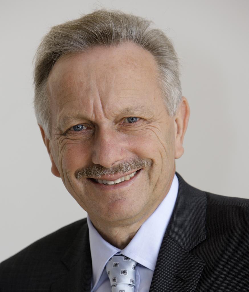 Dr. Joachim Schmidt (Daimler AG)